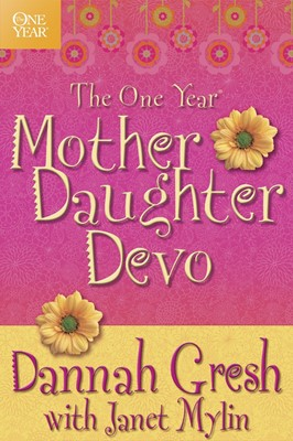 The One Year Mother-Daughter Devotional (Paperback)