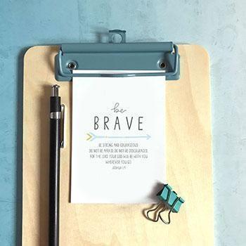 Be Brave (Arrow) Mini Card (General Merchandise)