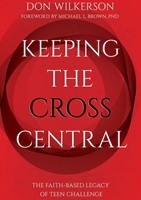 Keeping the Cross Central (Paperback)